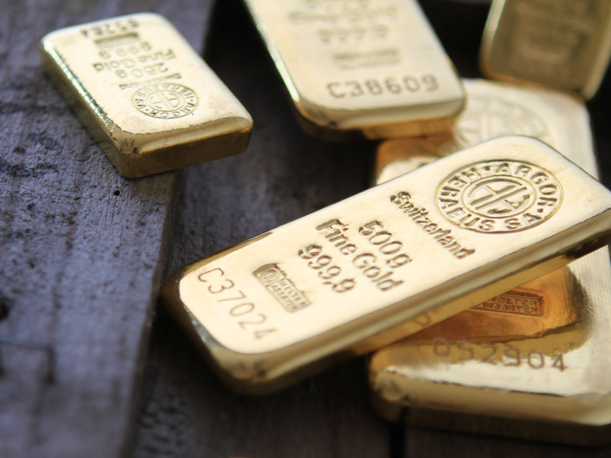Értelmezhetetlen, ami az aranynál folyik