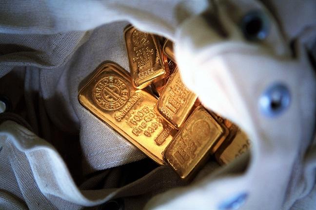 Az első fél év aranymozgása.
